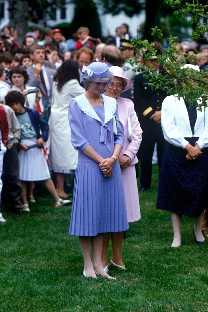 <p>Again during her 1983 visit to Canada, Diana impressed the locals with her stylish take on nautical fashion.<br></p>