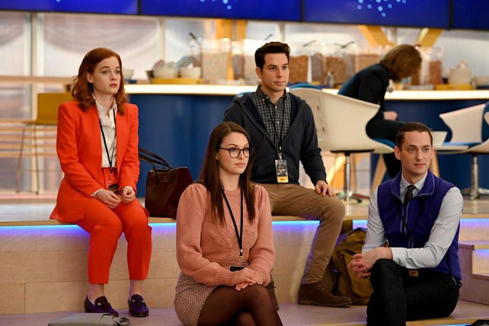 Jane Levy, Skylar Astin, and Michael Thomas Grant sit on benches