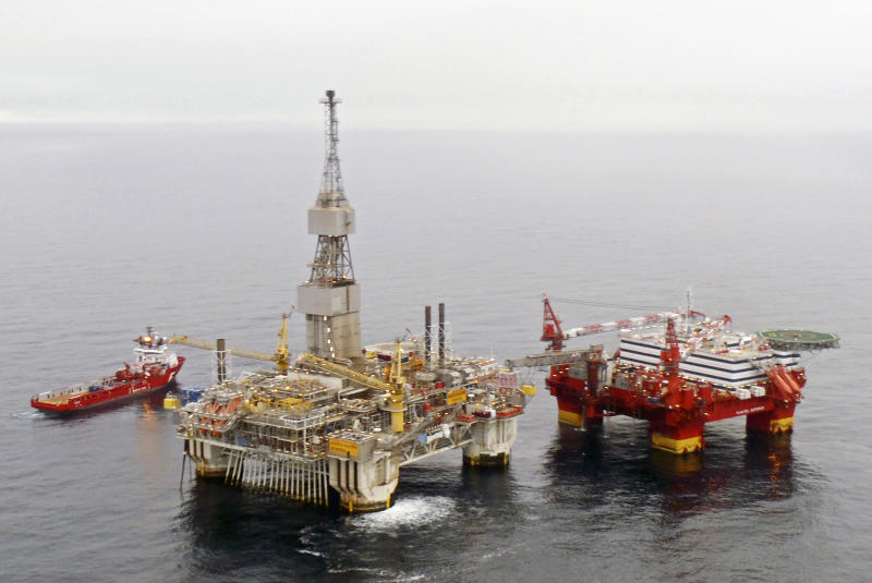 Oil rig workers evacuated from floating hotel