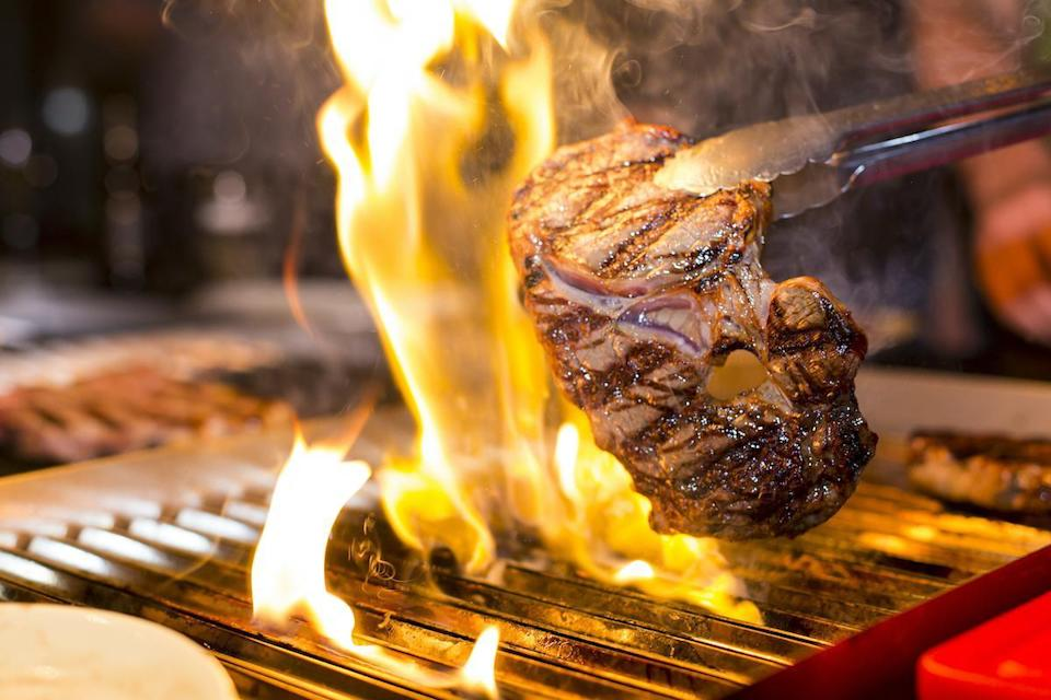 <p>According to LongHorn Steakhouse's Senich, to cook the meat evenly on both sides of a steak, grillmasters flip it every three to four minutes.</p>