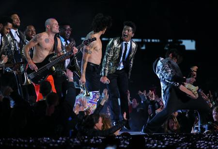 Feb 2, 2014; East Rutherford, NJ, USA; Red Hot Chili Peppers bassist Flea Red Hot Chili Peppers vocalist Anthony Kiedis and Recording artist Bruno Mars perform during the Super Bowl XLVIII half time show at MetLife Stadium. Adam Hunger-USA TODAY Sports