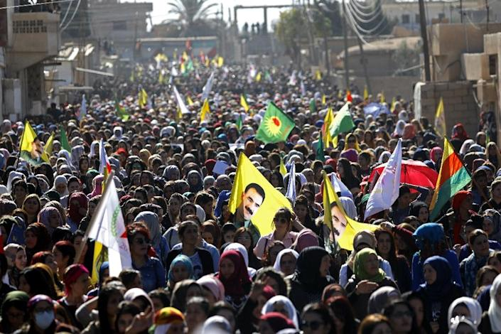 Syrian protesters, mainly Kurds, demonstrate on on November 1, 2018 in the northeastern town of Al-Qahtaniyah against Turkish bombardment of Syrian Kurdish militia positions (AFP Photo/Delil souleiman)