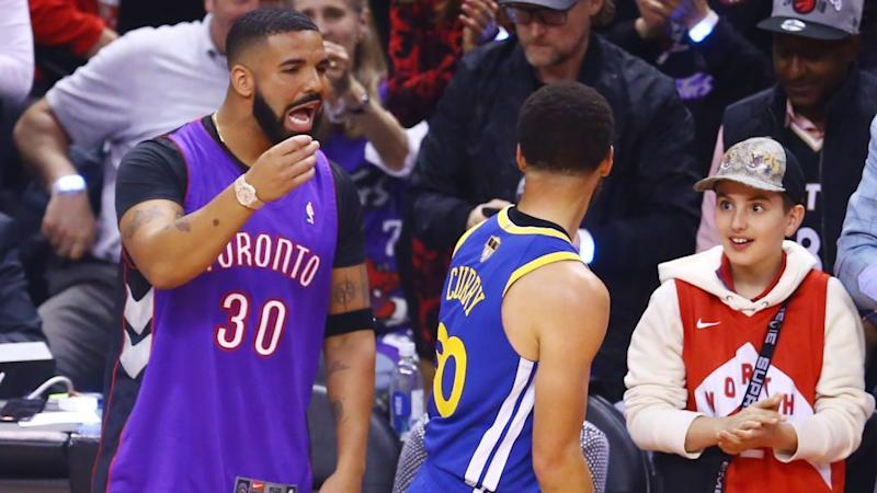 the best attitude 51597 f116f Here's how Drake got his Dell Curry Raptors jersey