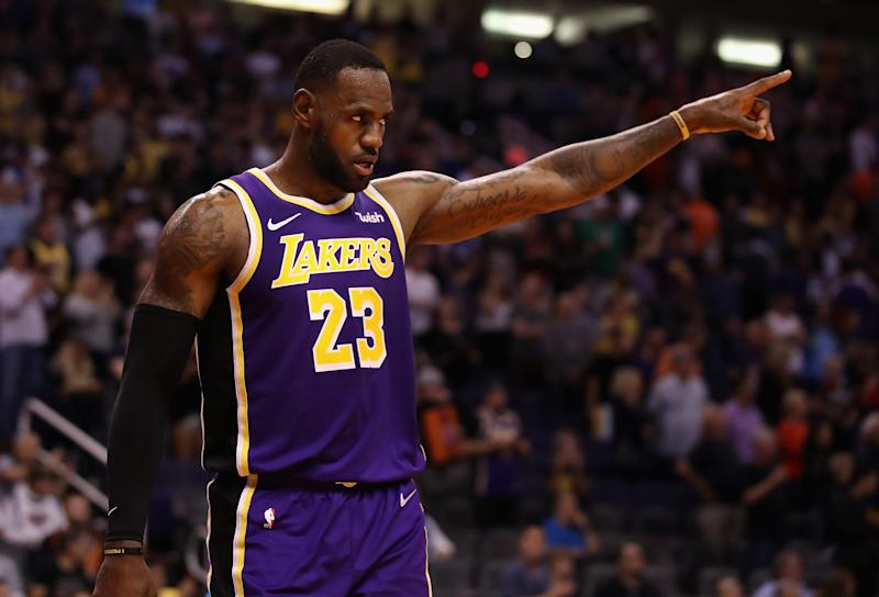 PHOENIX, ARIZONA - NOVEMBER 12: LeBron James #23 of the Los Angeles Lakers reacts during the final moments of the NBA game against the Phoenix Suns at Talking Stick Resort Arena on November 12, 2019 in Phoenix, Arizona. The Lakers defeated the Suns 123-115. NOTE TO USER: User expressly acknowledges and agrees that, by downloading and/or using this photograph, user is consenting to the terms and conditions of the Getty Images License Agreement (Photo by Christian Petersen/Getty Images)