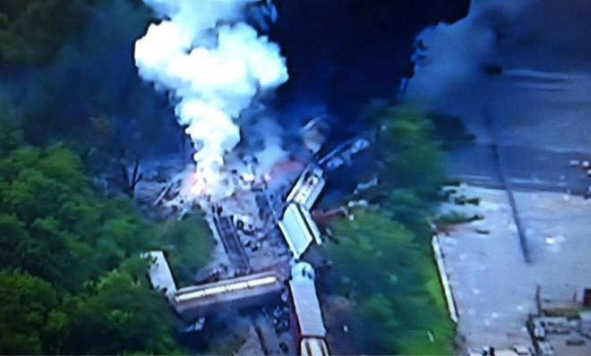 News Assignment Manager Charlie Bragale at WRC-TV/NBC4 posted this photo of the burning freight train derailment.