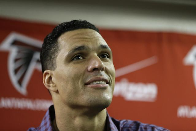 Atlanta Falcons tight end Tony Gonzalez speaks during a news conference after a NFL football game against the Carolina Panthers, Sunday, Dec. 29, 2013, in Atlanta. The Panthers won 21-20. (AP Photo/John Bazemore)