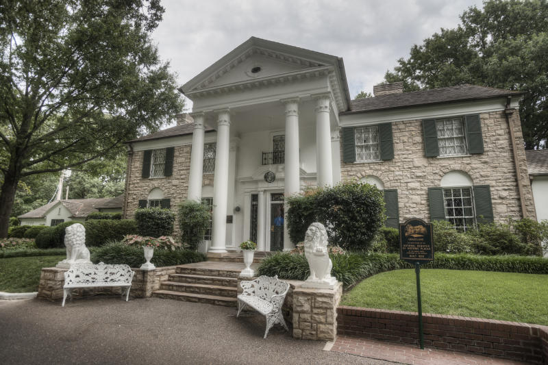 Exterior view of Graceland, Memphis, Tennessee, USA