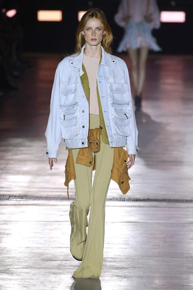 "<p>Bell-bottoms are back, you guys! Rejoice! Take this knit pair from Alberta Ferretti's spring '19 collection, which came down the runway during Milan Fashion Week. I dig. </p><p><a class=""body-btn-link"" href=""https://www.amazon.com/COCOLEGGINGS-Female-Flare-Bottoms-Ribbed/dp/B07GNGYX8Y/ref=sr_1_1_sspa?tag=syn-yahoo-20&ascsubtag=%5Bartid%7C10049.g.23515515%5Bsrc%7Cyahoo-us"" target=""_blank"">SHOP SIMILAR</a></p>"