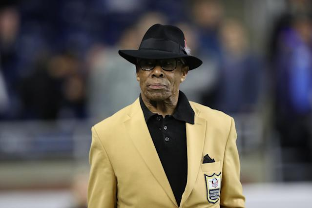 Lions great and Hall of Famer Lem Barney says a Detroit-area pizza chain directed him to another location away from a white neighborhood. (Getty)