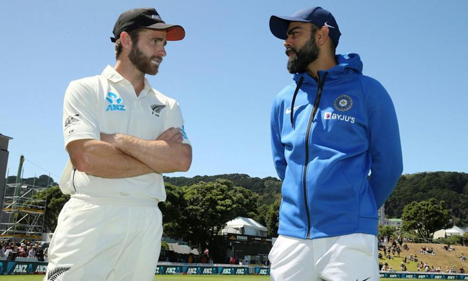 The two captains, Kane Williamson and Virat Kohli, after New Zealand's victory in Wellington last year.
