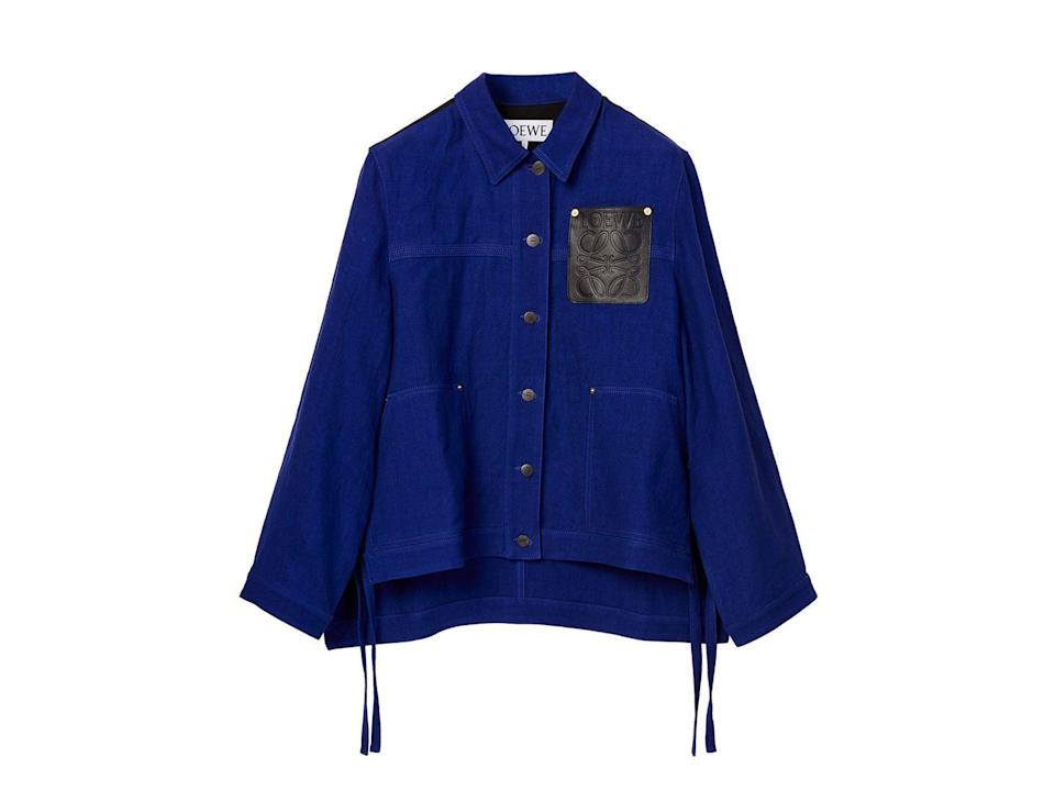 """<p>Loewe's take on the linen shirt-jacket goes perfectly with winter leggings or as a casual summer outfit with shorts.</p><p><a class=""""link rapid-noclick-resp"""" href=""""https://go.redirectingat.com?id=127X1599956&url=https%3A%2F%2Fwww.matchesfashion.com%2Fproducts%2FLoewe-Anagram-patch-side-tie-twill-jacket-1408492&sref=https%3A%2F%2Fwww.townandcountrymag.com%2Fuk%2Fstyle%2Fg35807920%2Ftransitional-clothing%2F"""" rel=""""nofollow noopener"""" target=""""_blank"""" data-ylk=""""slk:SHOP NOW"""">SHOP NOW</a></p><p>£825, Loewe at Matchesfashion.com.</p>"""