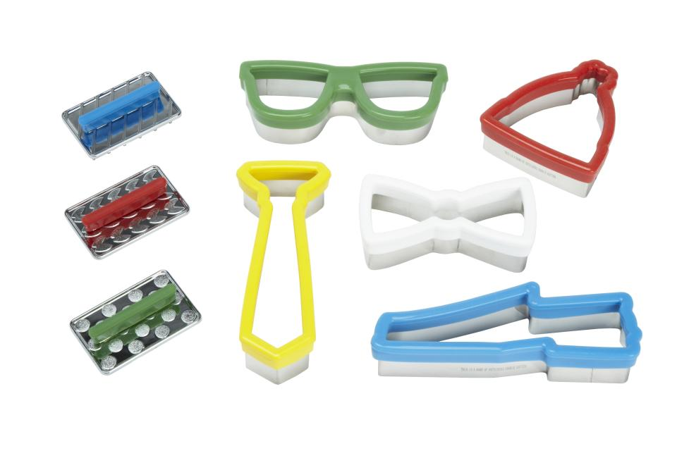 <b>Band of Outsiders for Target + Neiman Marcus Holiday Collection Cookie Cutters</b><br><br> Price: $29.99<br><br>