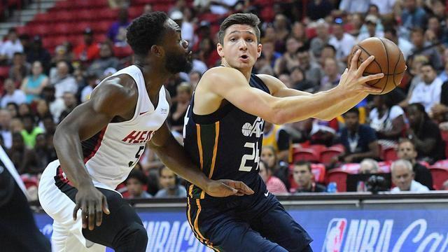 On CBS Sports HQ, NBA writer Brad Botkin joins Casey Keirnan to share which player stood out the most to him at the Summer League.
