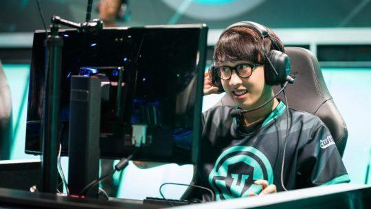 Adrian smiles after an NA LCS victory (Jeremy Wacker)
