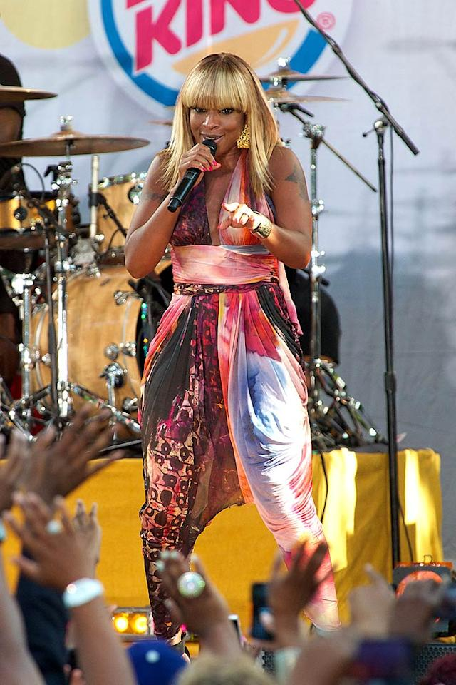 "Over in Central Park, Mary J. Blige, 40, took ""Good Morning America's"" concert stage and treated her fans to old and new songs including ""Real Love,"" ""25/8,"" ""The Living Proof,"" ""Just Fine,"" and ""Family Affair."" Although the Queen of Hip-Hop Soul revealed she's starting to do more acting, music is still her first love. Her new album, <i>My Life II: The Journey Continues</i>, is set to drop in November. Ron Smits/London Ent/<a href=""http://www.splashnewsonline.com/"" target=""new"">Splash News</a> - September 2, 2011"