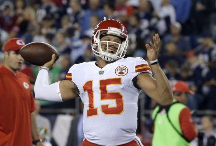 Kansas City Chiefs podcast: Expect a shootout against the Patriots