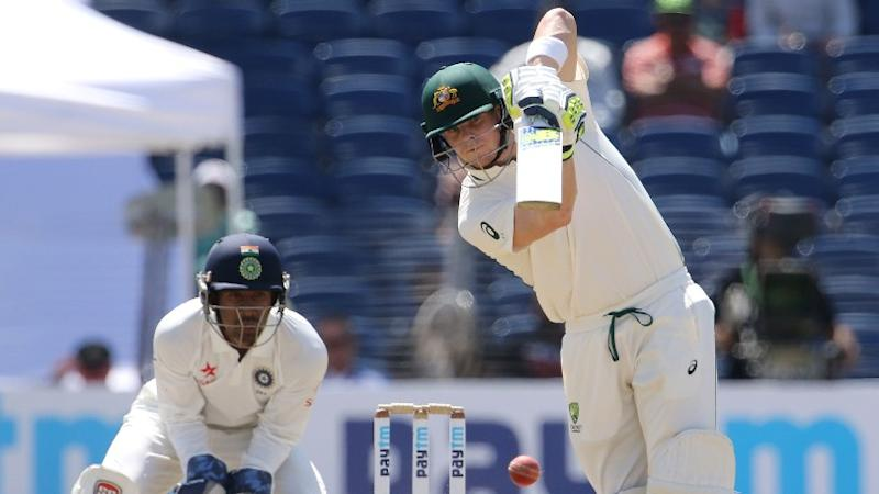 Super Smith, Compact Maxwell Guide Australia to 299/4 on Day 1