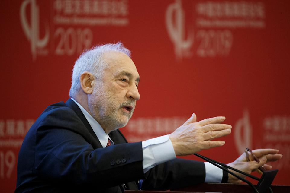 Columbia University Professor Joseph Stiglitz speaks at the China Development Forum in Beijing, China March 24, 2019. REUTERS/Thomas Peter/Pool