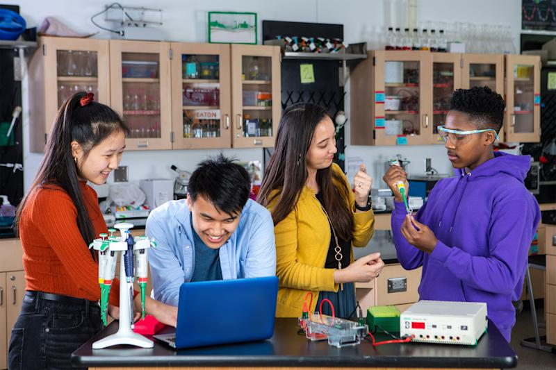 With LabXchange's interactive lab experiments, students have access to one of the most central aspects of being a scientist: working in a laboratory.