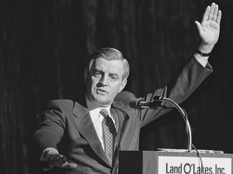 Democratic presidential candidate Walter Mondale addressed the Land OLakes Inc., annual meeting, Tuesday, Feb. 22, 1983, Minneapolis, Minn.