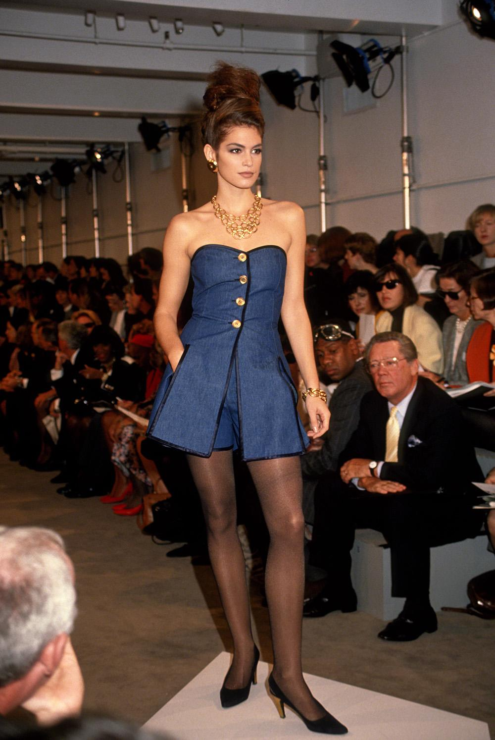 Cindy Crawford at the Donna Karan Spring 1991 in New York City. (Photo: Getty Images)