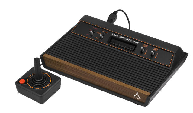 A version of the Atari 2600 console. (image: Wikipedia)