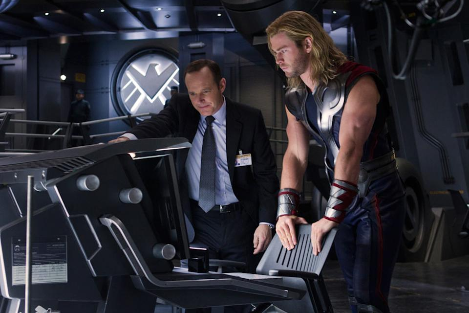 """Clark Gregg as Agent Coulson and Chris Hemsworth as Thor in Marvel's <a href=""""http://movies.yahoo.com/movie/the-avengers-2012/"""" data-ylk=""""slk:The Avengers"""" class=""""link rapid-noclick-resp"""">The Avengers</a> - 2012"""