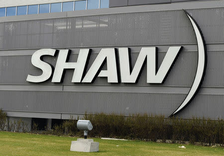 Shaw Communications swings to $155 million profit from loss a year ago