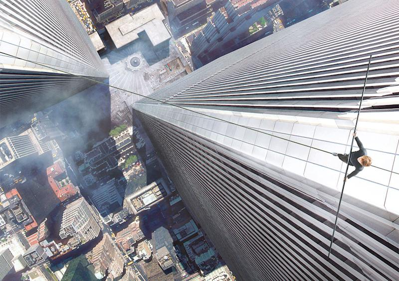 Director Robert Zemeckis Said He Hoped To Induce Vertigo With His New Film The Walk And It Seems Hes Managed If Reports Coming Out Of York Cinemas