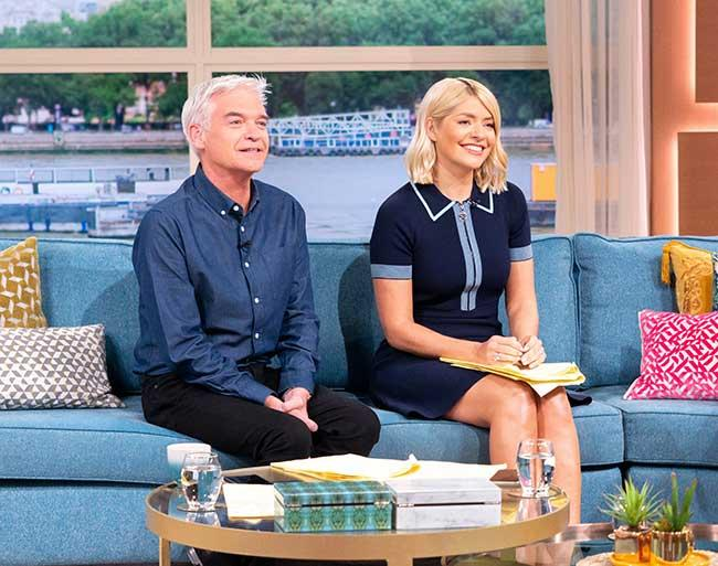 holly-willoughby-phillip-schofield-thismorning-secret