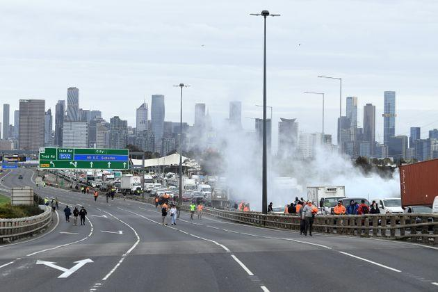 Activists protesting and causing chaos in Melbourne (Photo: STRINGER via via REUTERS)