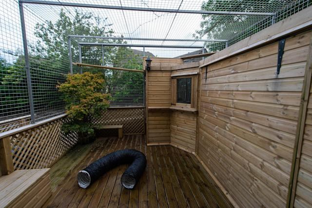 Woman infuriates neighbours by building £10k 'zoo-style