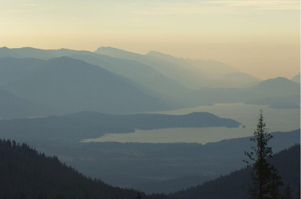 <p>Not only is the largest lake in Idaho home to beautiful mountain views, but the quiet setting also attracts buyers looking for a sense of rural-serenity. However, they better have their wallets primed as lakeside real estate averages to<strong> $4.48 million</strong>.</p>