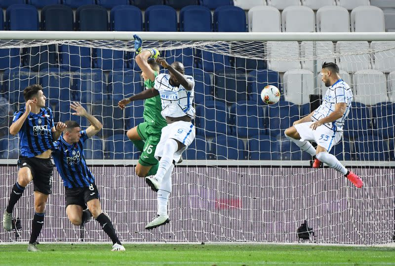 Inter end Atalanta's long unbeaten run to clinch second place