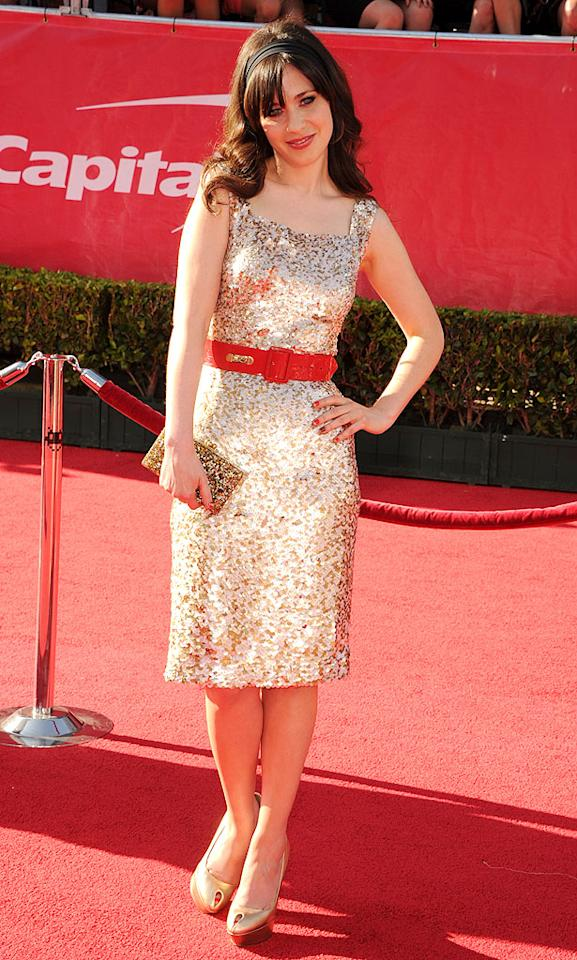 """New Girl"" star Zooey Deschanel arrives at the 2012 ESPY Awards."