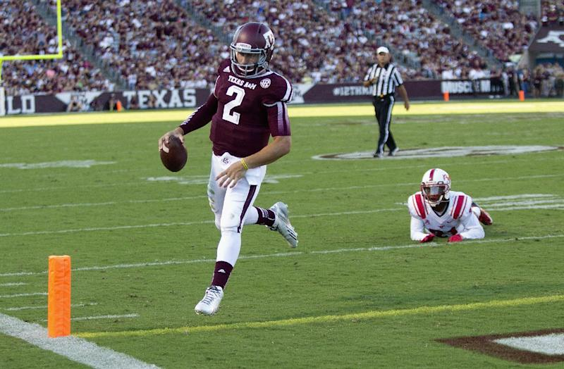 Johnny Football leads No. 10 A&M, 42-13 over SMU