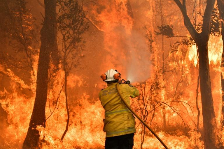 Faced with climate-worsened bushfires, floods and drought, around 90 percent of Australians say climate change is an important or critical threat to the country