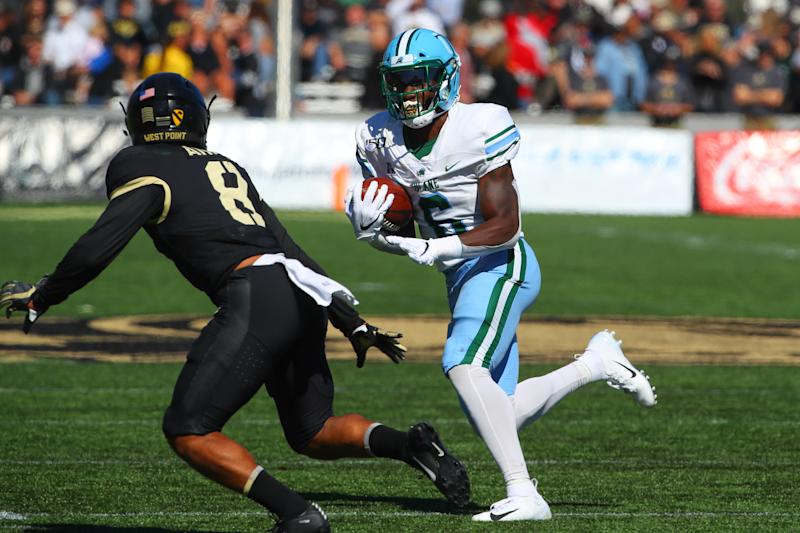 WEST POINT, NY - OCTOBER 05: Tulane Green Wave running back Corey Dauphine (6) runs to the endzone and scores a touchdown during the College Football Game between the Army Black Knights and the Tulane Green Wave on October 5, 2019 at Michie Stadium in West Point, NY. (Photo by Rich Graessle/Icon Sportswire via Getty Images)