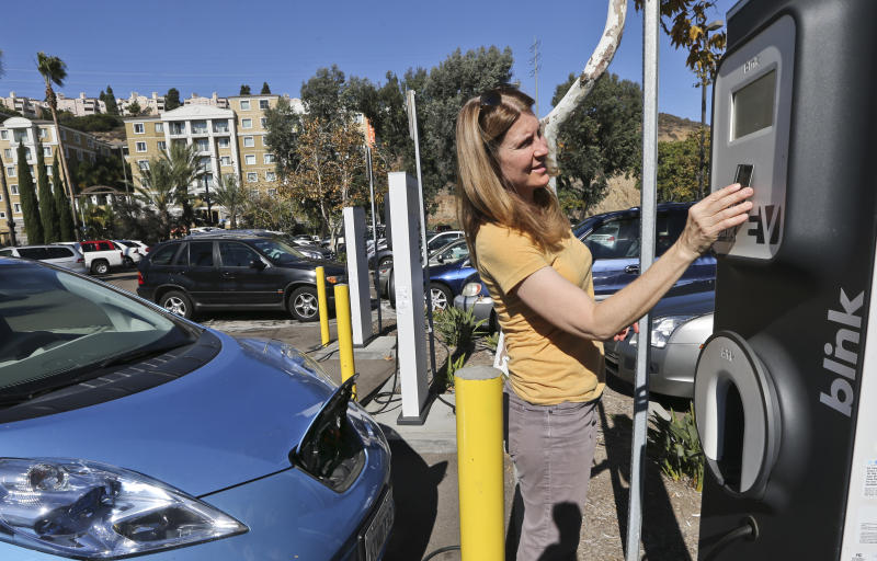 Network of electric car chargers stalled in Calif.
