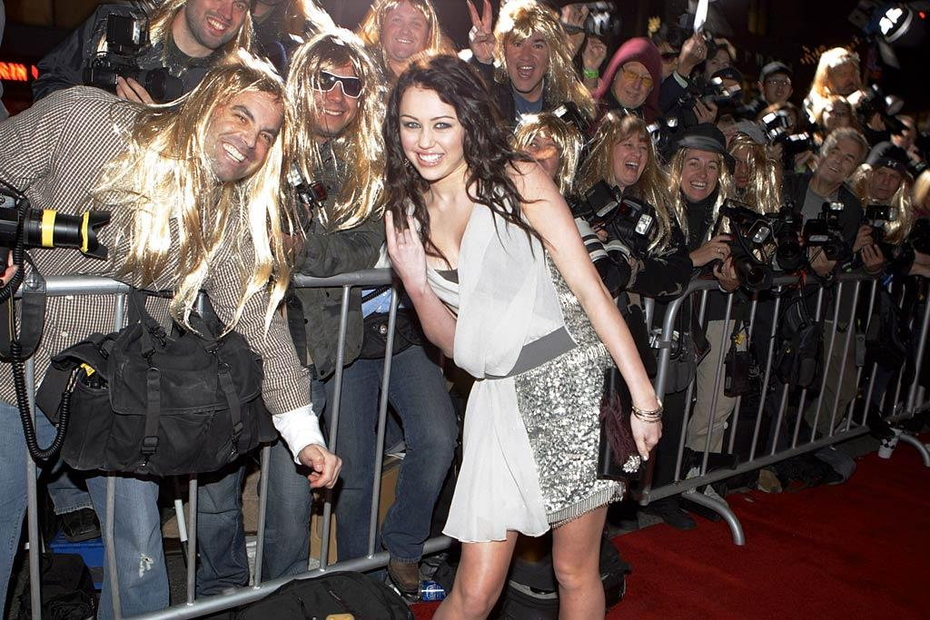 """With Miley's live show still very much in-demand, audiences were given a 3D concert film of the tour, called """"Hannah Montana & Miley Cyrus: Best of Both Worlds Concert"""" in February 2008. At the red carpet premiere, the young performer ran into quite a few photographers who were rockin' the Hannah hairstyle! Eric Charbonneau/<a href=""""http://www.wireimage.com"""" target=""""new"""">WireImage.com</a> - January 17, 2008"""