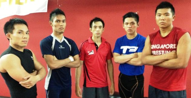 Bronze medallists (from L-R) Aaron Koh, Eddy Khidzer, Gabriel Huang, Toh Xin Ran and Sean Lee. (Yahoo! Photo)
