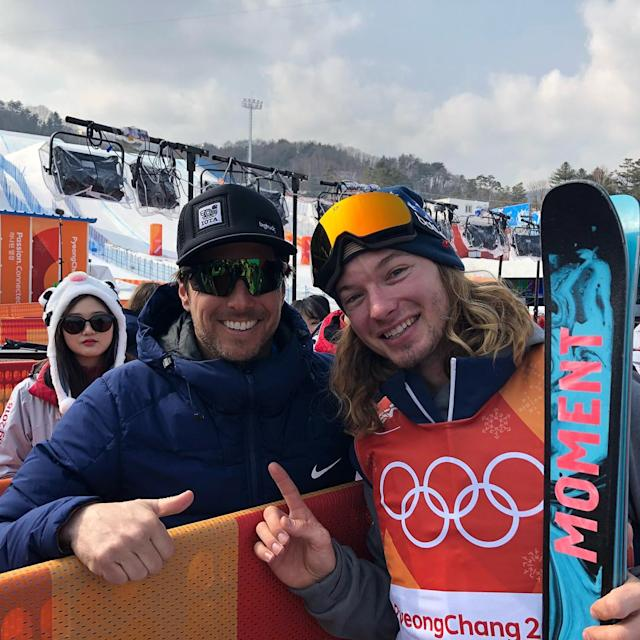 <p>jonnymoseley: So much respect for @mrdavidwise for having the head to power through two premature binding releases and lay down his best. Balancing in a family at the same time and defending a #gold. Truly remarkable. Congratulations. Thank you for an inspiring day. And thank you for signing my son's helmet. #mysigisnogood #bestofus #winterolympics @nbcolympics<br> (Photo via Instagram/jonnymoseley) </p>