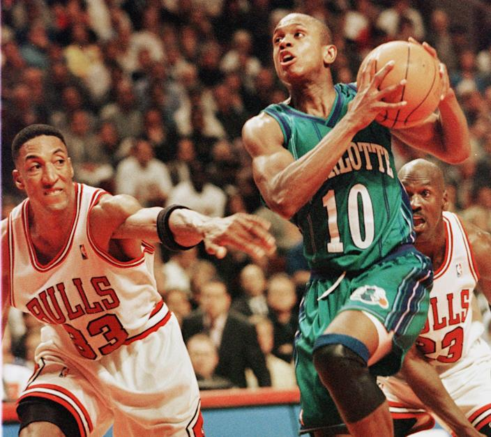 <p>File: Scottie Pippen (L) and Michael Jordan(R) of the Chicago Bulls playing in an NBA Eastern Conference semifinals game at the United Center in Chicago in 1994</p> (JEFF HAYNES/AFP via Getty Images)