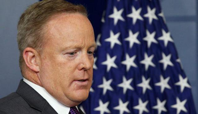Sean Spicer in a White House briefing. (Photo: Kevin Lamarque/Reuters)