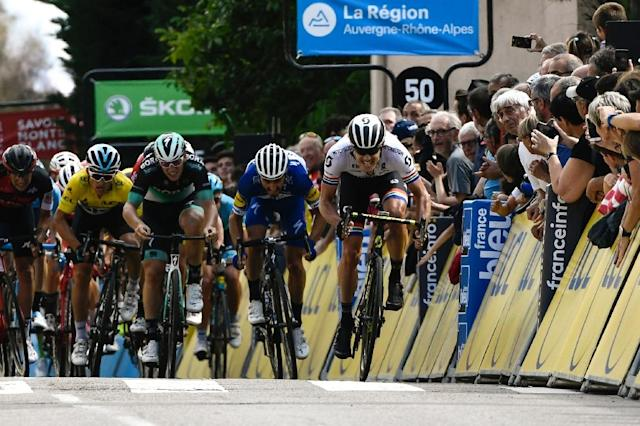 Daryl Impey won the sprint on stage 1 of the Criterium du Dauphine at Saint-Just-Saint-Rambert on Monday (AFP Photo/Philippe LOPEZ)