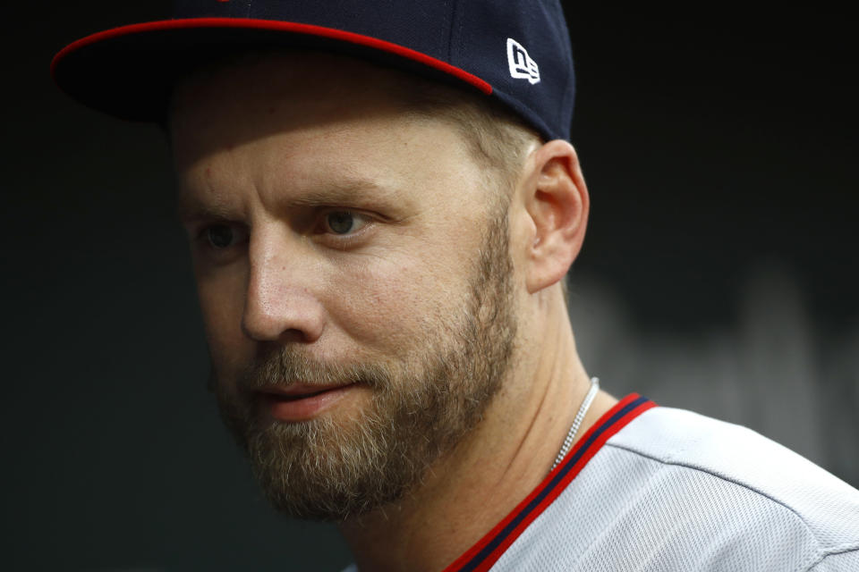 Mark Reynolds managed to earn two ejections in the same game Tuesday after tossing his batting gloves at umpire Sam Holbrook. (AP)