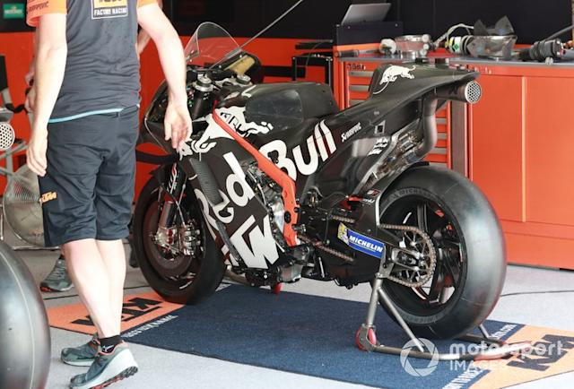 "La moto de Brad Binder, Red Bull KTM Factory Racing <span class=""copyright"">Gold and Goose / Motorsport Images</span>"