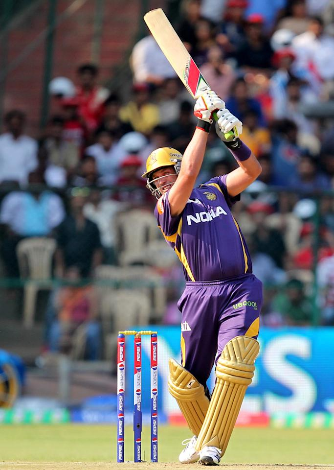 Jacques Kallis [Kolkata Knight Riders]: 16 matches, 311 runs at strike rate of 96.58, 16 wickets at an economy rate of 7.43. The highly consistent and legendary South African all-rounder suffered a rather alarming and rare dip in form for the duration of the tournament, and Kallis' failures with bat and ball played a key role in defending champions Kolkata finishing in the bottom half of the table.