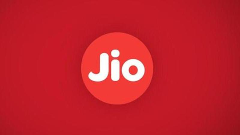 Jio GigaFiber v/s Airtel broadband: Plans, offers, comparison