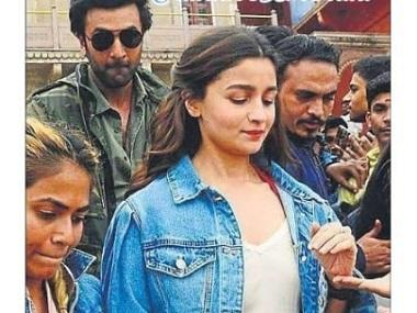 Ranbir Kapoor, Alia Bhatt shoot for Brahmastra dance sequence in Varanasi; see pictures